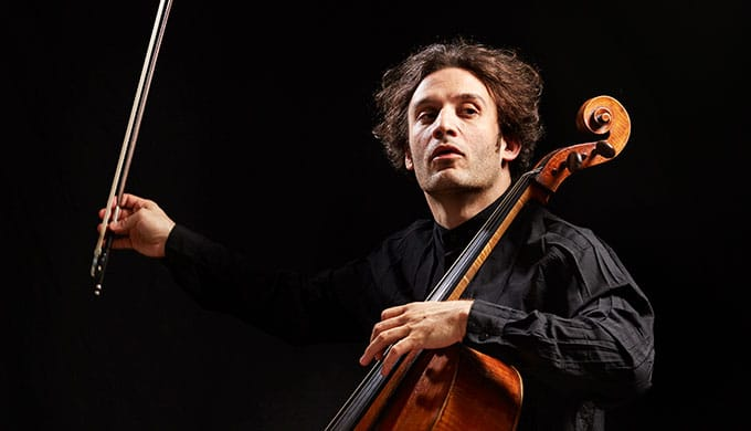 The cellist who conducts with his back to the orchestra