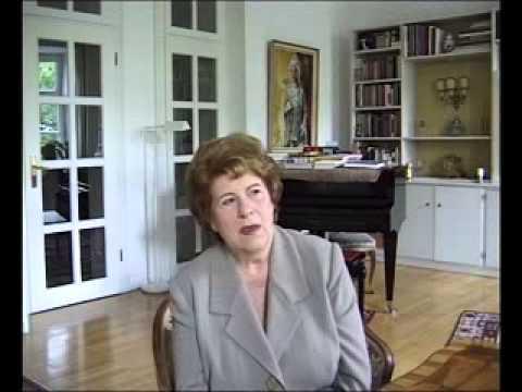 Lament for leading Austrian contralto, 95