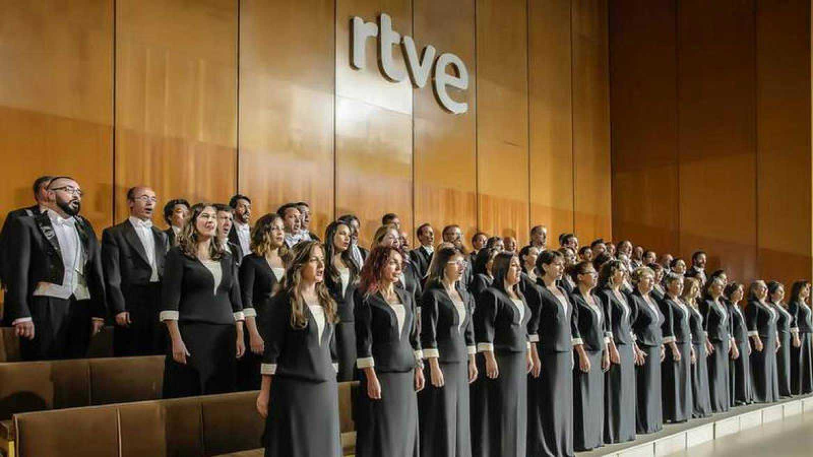 Mahler's Resurrection plays in Spain to empty house