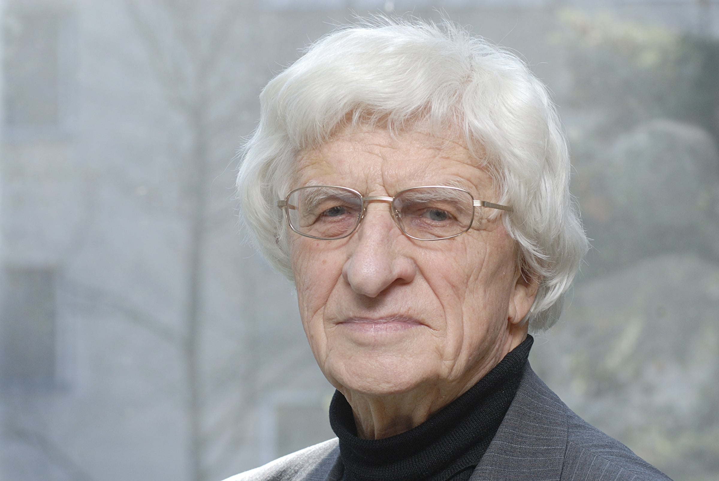 Lithuania mourns leading composer