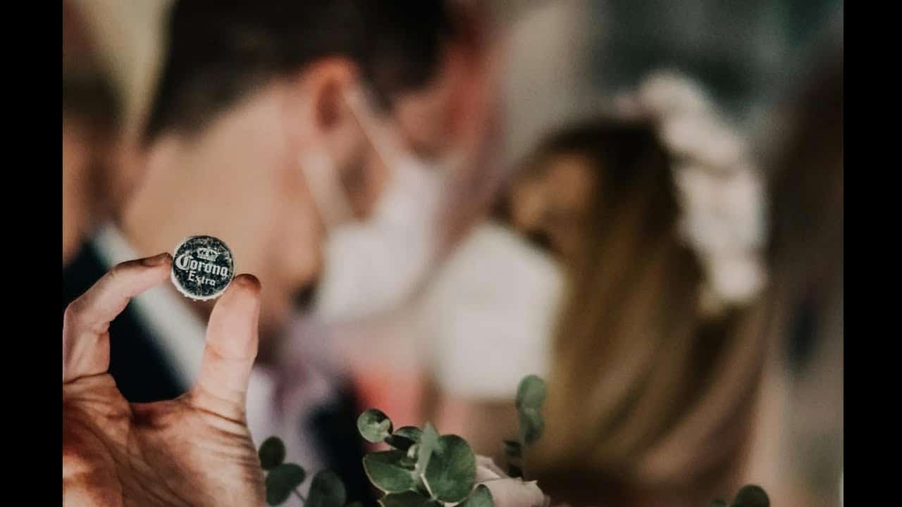 Weep and share: How to make a wedding in corona times