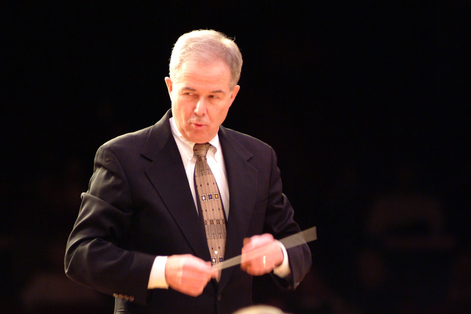 Death of a widely referenced conductor, 86