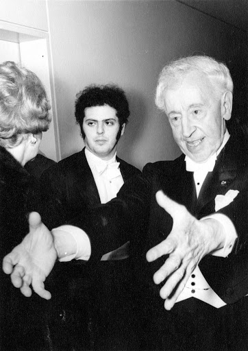 Can you hear Rubinstein in Barenboim?