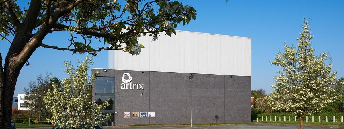 English arts centre goes into liquidation