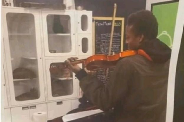 Denver faces angry violinists over death in police custody