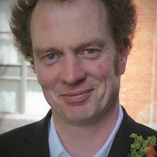 Death of UK composer, 59