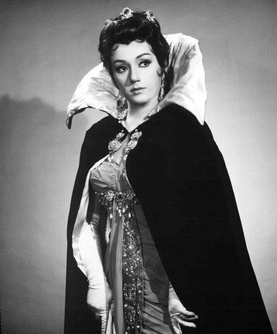 Death of a Callas soprano, 90