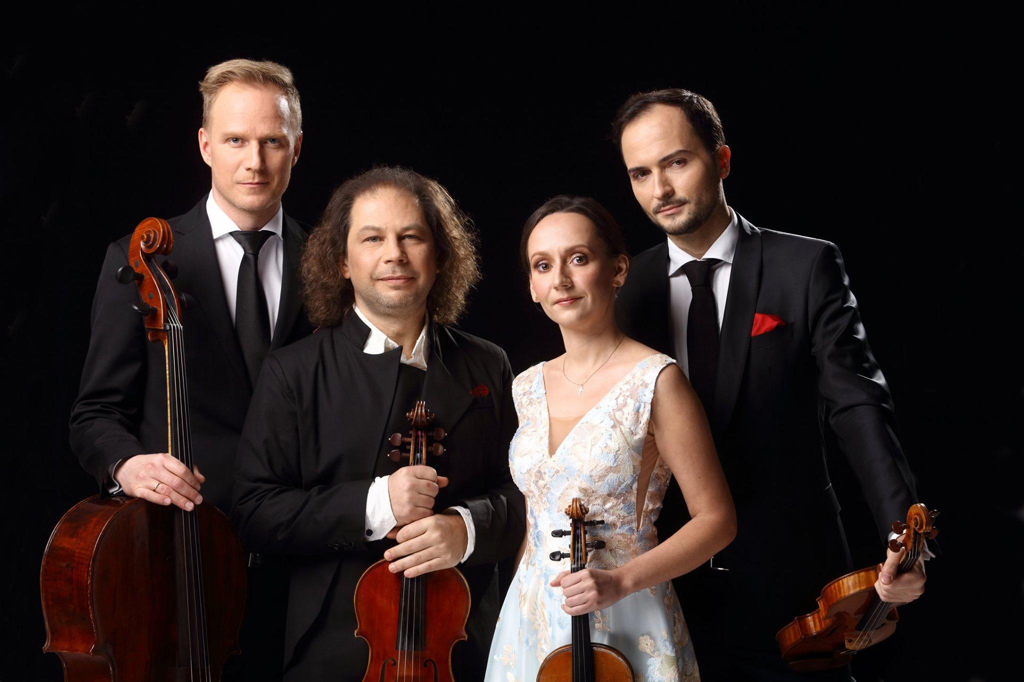 String quartet replaces post-maternity cellist