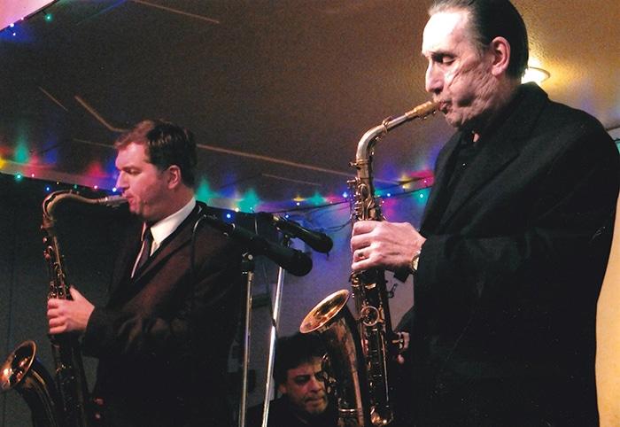 Death of great British sax, 80