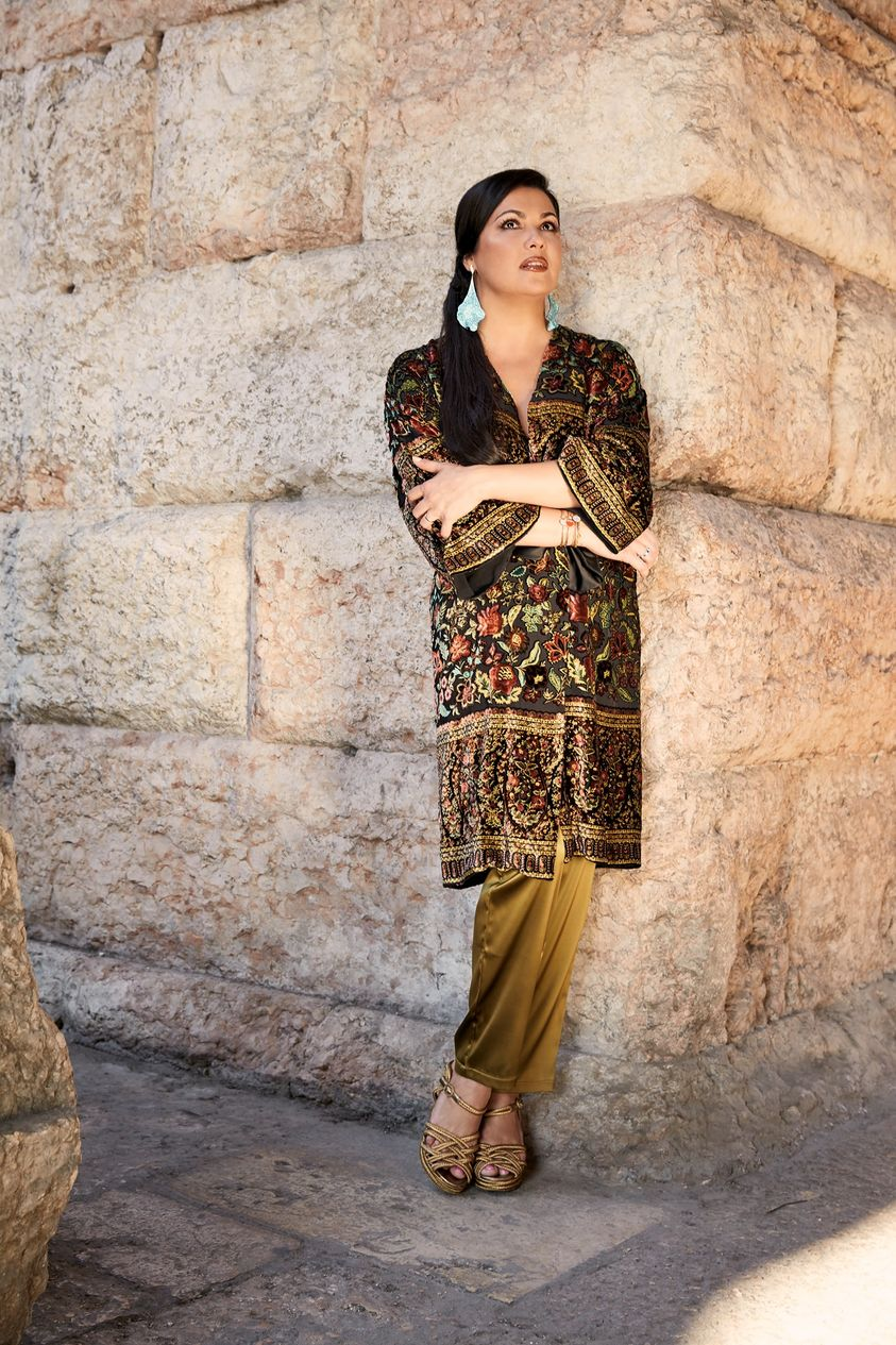 Netrebko cancels tour due to family medical emergency
