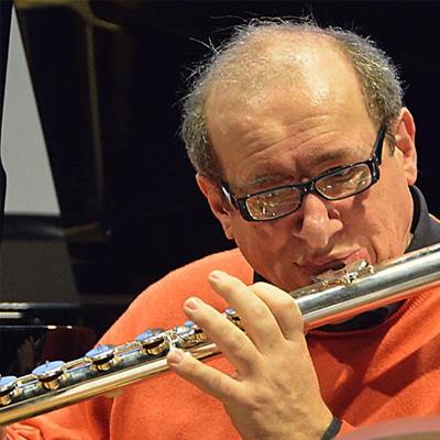 Death of leading flautist, 59