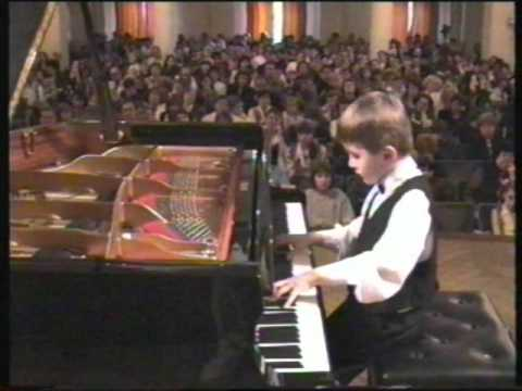 Stars when they were young (2): Daniil Trifonov, aged 8