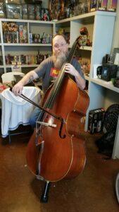 Covid kills Texas bassist, 47