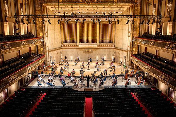 Boston Symphony gets back into empty hall