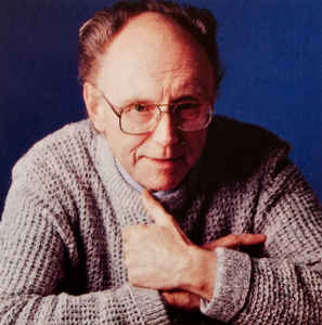 Death of favoured BBC pianist, 96