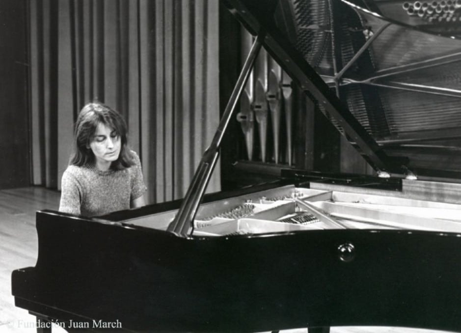 Death of fine Spanish pianist, 55