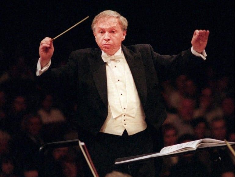 Maestro dies: A Polish leader has fallen at 74