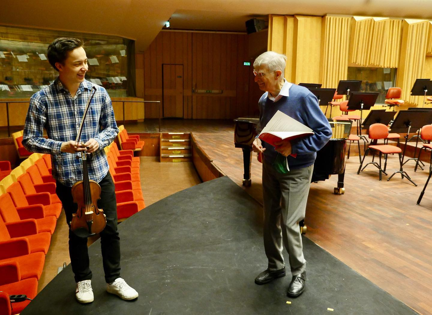 Herbert Blomstedt explains why Finns conduct better than Swedes