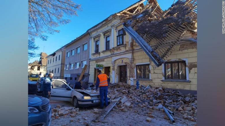 Organist is killed in Croatia quake