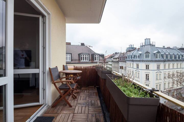 Sing on balconies tomorrow, Bavarians are told
