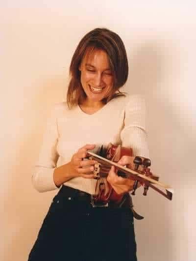 Death of multitalented London violinist, 55