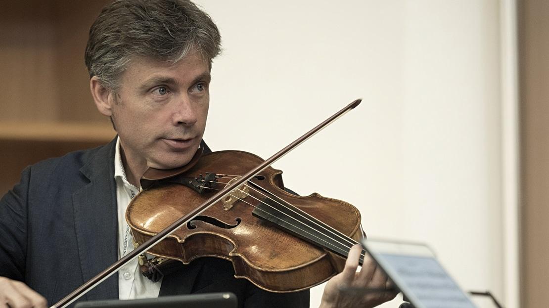 String quartet 'transitions' violist to office job