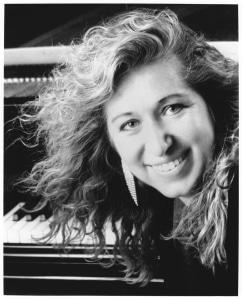 Chicago Symphony salutes a pianist