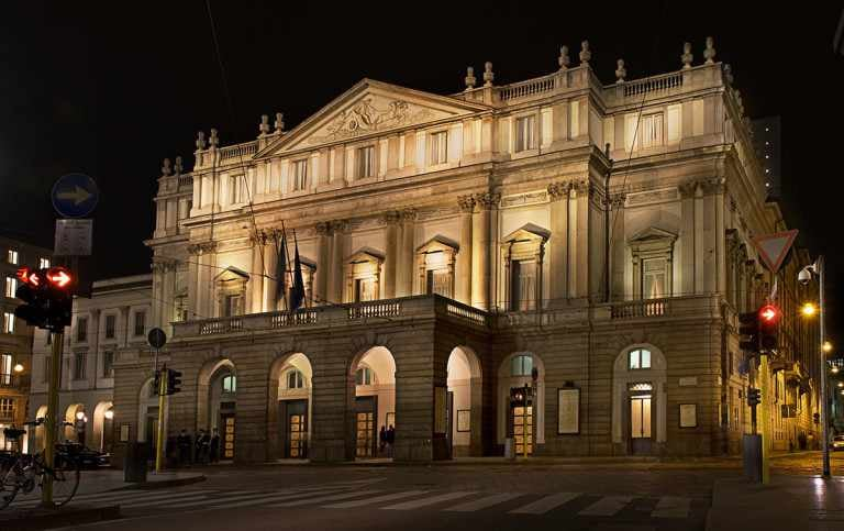 Italian opera houses light up in symbolic reopening