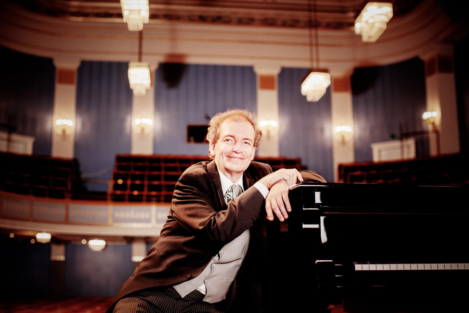 Vienna mourns banned pianist, nothing from Bayreuth