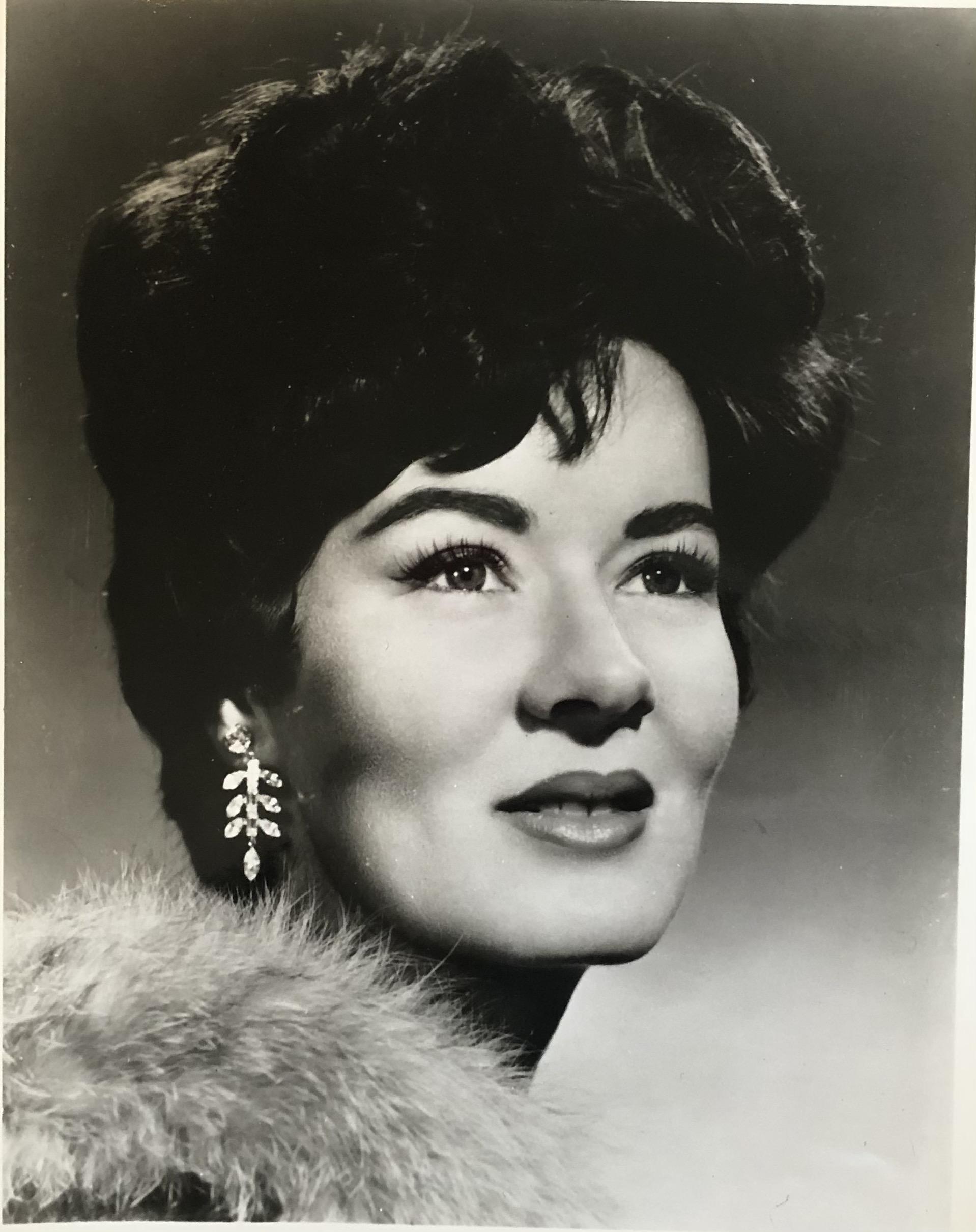 Death of leading Met soprano, 87