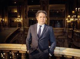 Breaking: Dudamel signs with Paris for six years