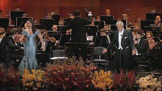The sad sight of Domingo serenading Moscow
