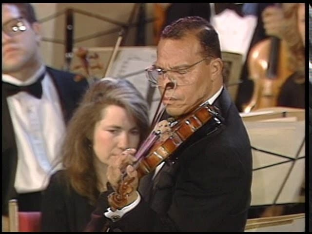 Watch: Louis Farrakhan plays the Beethoven violin concerto