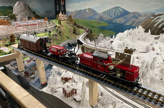 Longest tune ever played by a model train