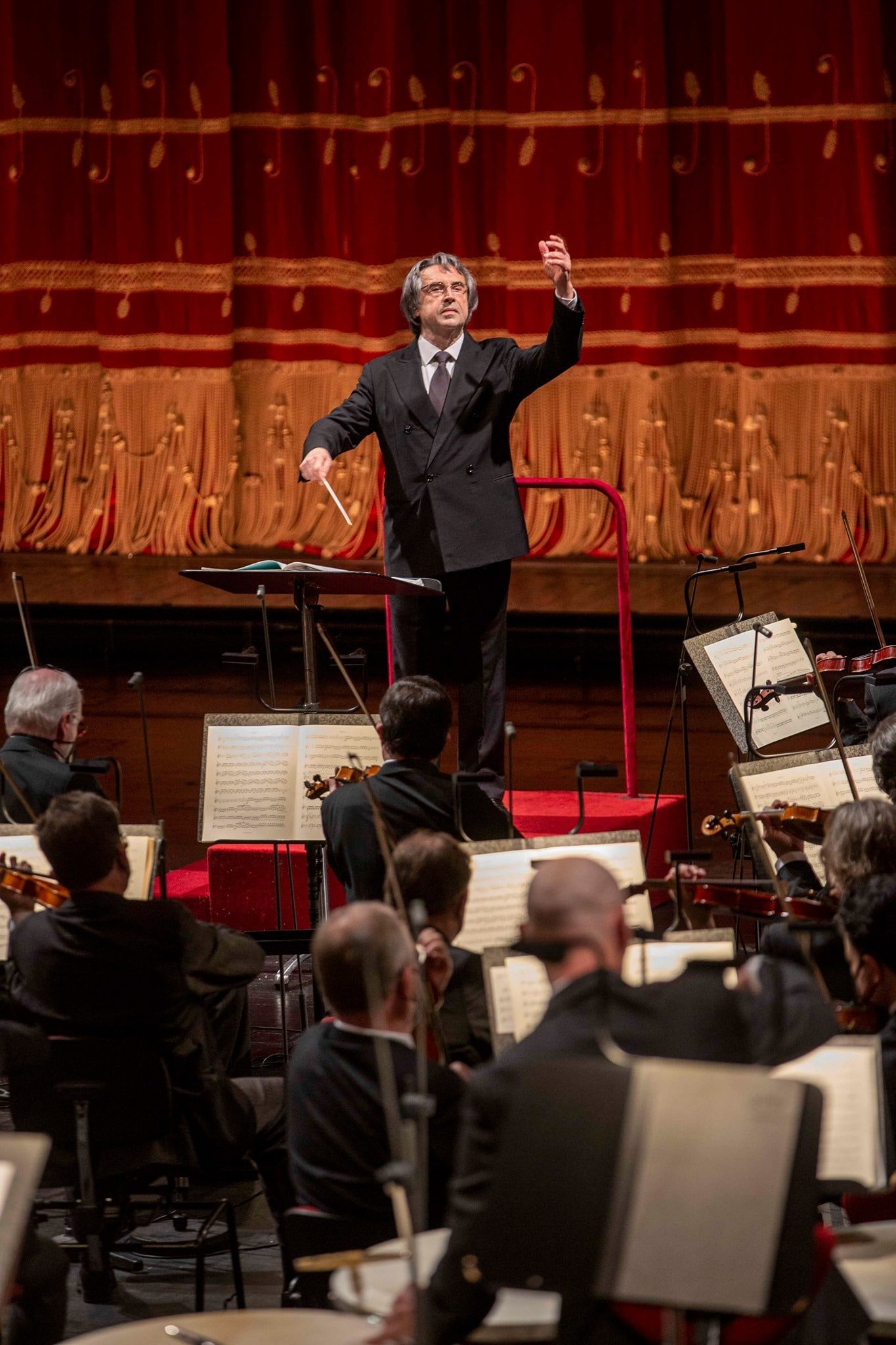 Riccardo Muti faces ban for life at La Scala