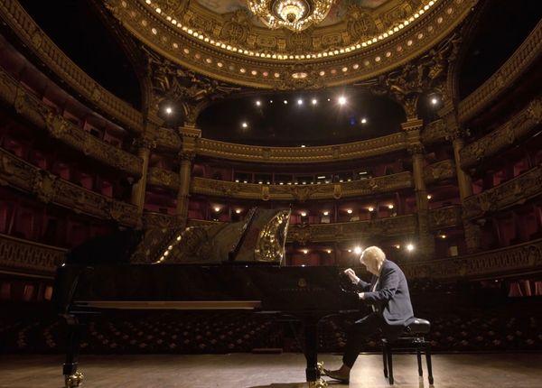 Watch: Pianist, 95, plays at empty Paris Opéra