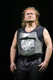 Just in: Austrian tenor, 57, dies of Covid-19