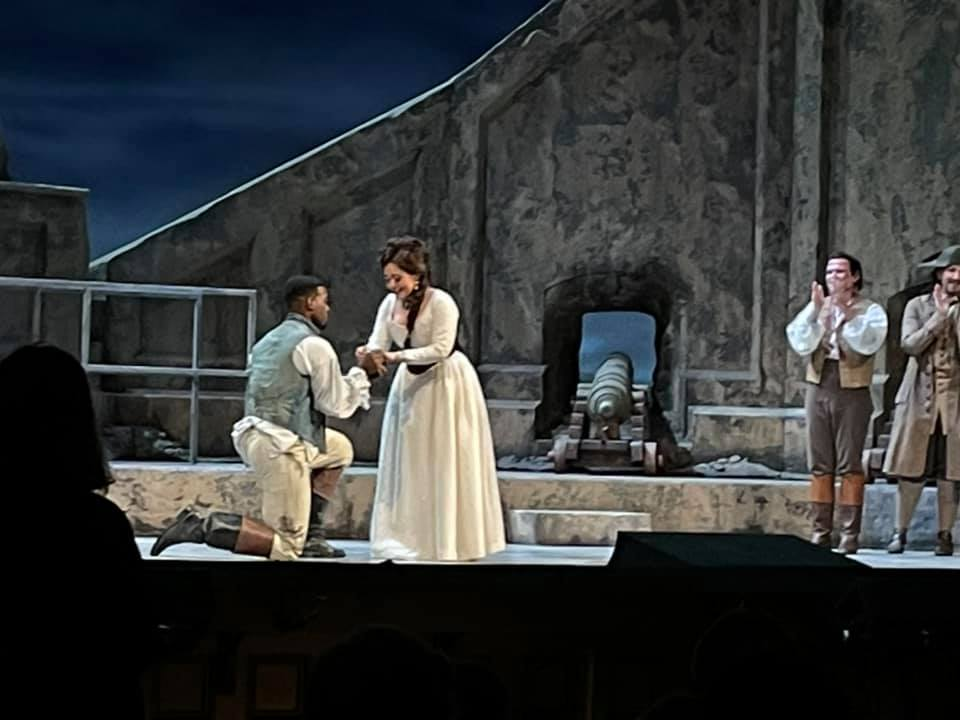 SanFran Opera closes Tosca with a marriage proposal