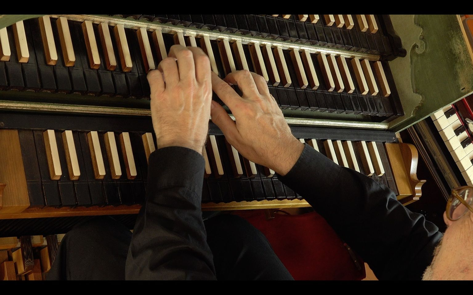 Are you hearing what the organist plays?